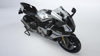 2015-Yamaha R1M_8