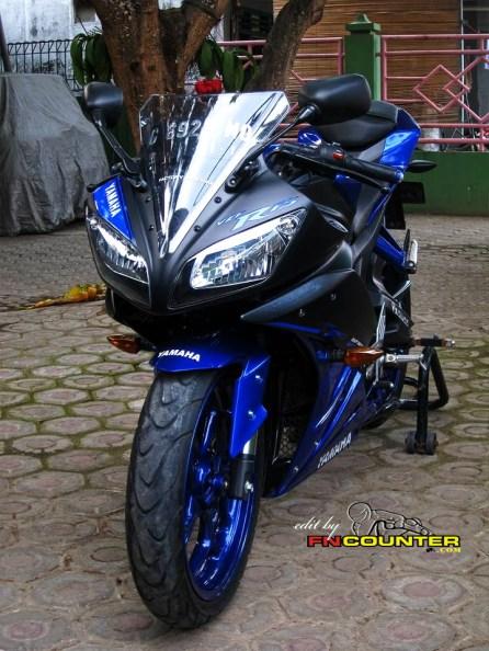 R15 RaceBlu 2