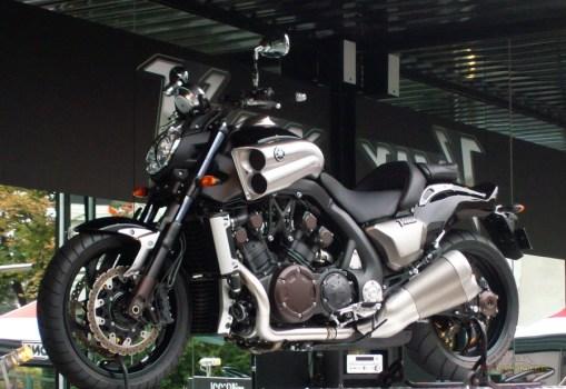 Yamaha_VMax