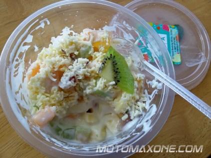 gathering blogger vlogger mpm bali - salad buah piston cafe astra denpasar