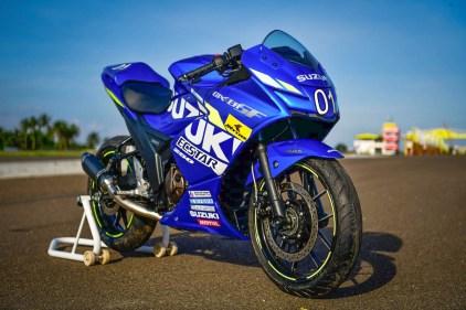2019-suzuki-gixxer-sf-250-motogp-edition-suzuki-malang-motomaxone 2