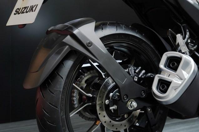 Suzuki Gixxer SF250 suzuki indonesia suzuki surabaya suzuki malang motomaxone (12)