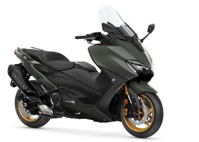 2020-Yamaha-TMAX-560-scooter-motomaxone (4)1