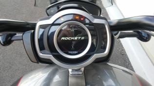 triump rocket 3 motomaxoneblog gas motorcycle (6)