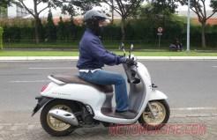 tampak samping all new scoopy 2021 motomaxonecom
