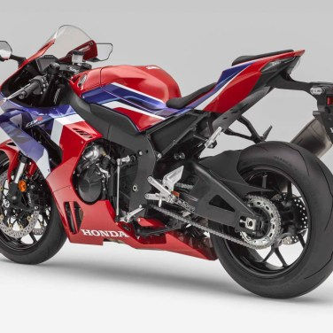 2020-Honda-CBR1000RR-R-07