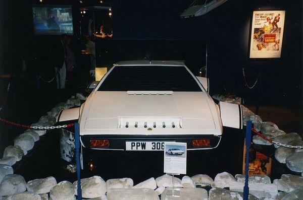 Rm Auctions James Bond Lotus