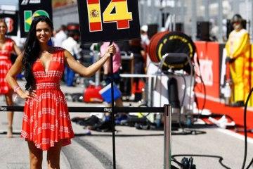F1 Grid girls
