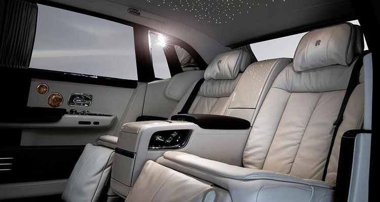 rolls-royce whispered muse interior
