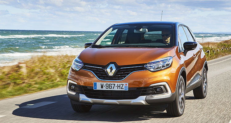 Renault Captur front side