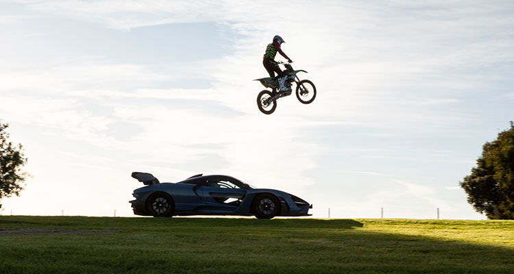 McLaren Senna vs motorcross race 3