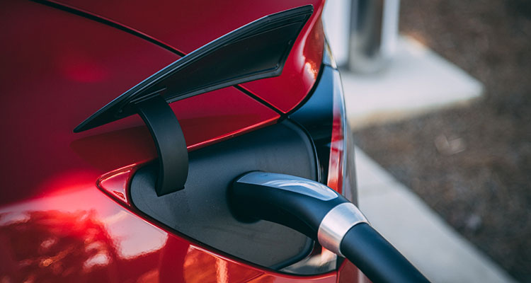 5 Tips For Planning Long Electric Car Road Trips (1)