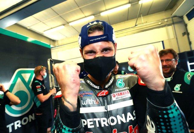 Fabio Quartararo celebra la victoria en MotoGP