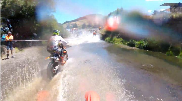 Video, Woodville River Race, Corrida no RIO