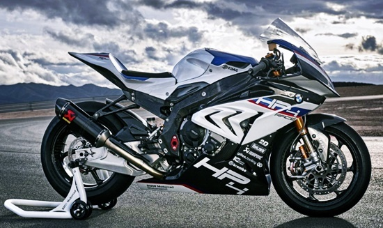 2020 BMW HP4 Race Review