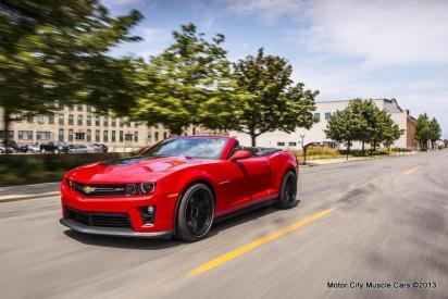 88601_2013-Chevrolet-Camaro-ZL1-123