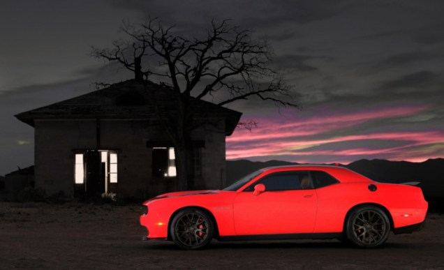 Dodge Challenger SRT Hellcat Is The Most Powerful MOPAR Ever - 707 hp!