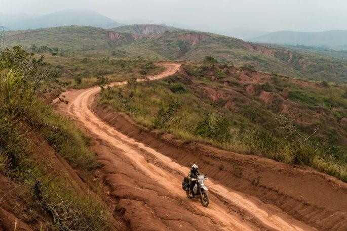 No man's land between the Congos.
