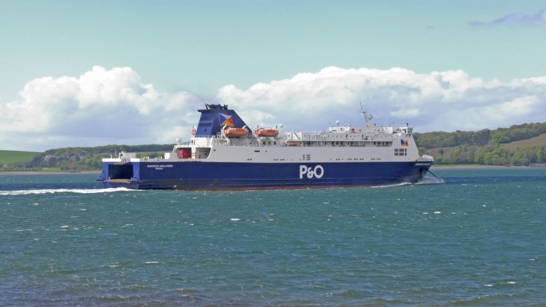 p and o ferry for your motorhome hire cairnryan