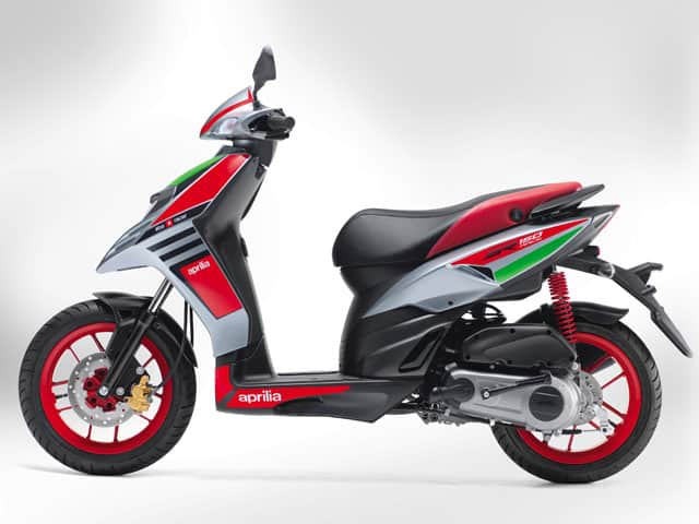 Aprilia-SR150-Race-side-india