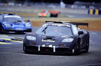 Vor 20 Jahren war der McLaren F1 das Non-plus-ultra – auf der Straße und auf der Rennstrecke. In Le Mans beim 24-Stunden-Rennen 1995 beeindruckte er mit seiner Performance und seiner Zuverlässigkeit. (Werksfoto)