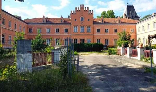 Schloss Gusow in Brandenburg, Frontansicht