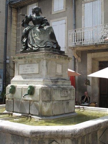 Denkmal der Marquise de Sévigné in Grignan in der Drôme