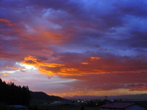 Tips für Solo Motorradfahrer: Beim Morgenhimmel zum Frühstart
