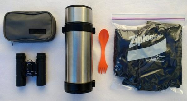 5 Gegenstände, die zur Zusatzausstattung des Tankrucksacks gehören