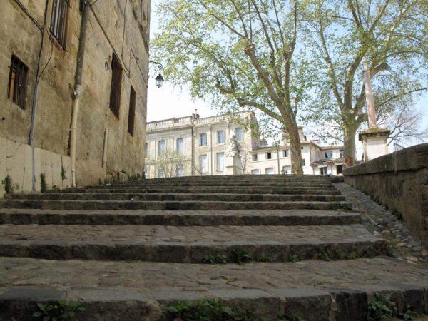 Treppe in der Altstadt von Montpellier
