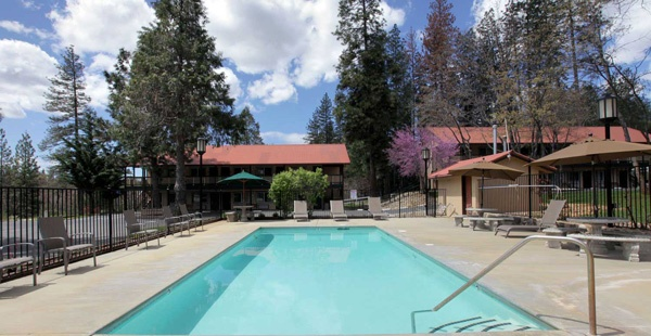 Groveland Hotel Buck Meadows, CA mit Swimming Pool, Übernachtung bei einer Motorradtour durch die Rocky Mountains