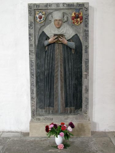 Grabdenkmal Katharina von Bora in der Stadtkirche St. Marien in Torgau