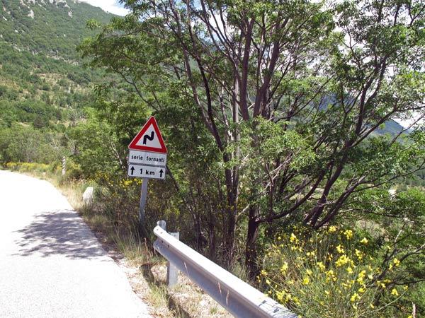 Bergstraße auf dem Gran Sasso d'Italia