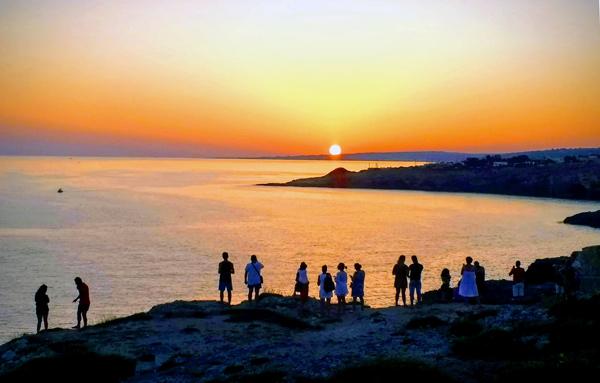 Sonnenuntergang in Santa Maria di Leuca (Apulien), erlebt bei einer Motorradtour nach Süditalien