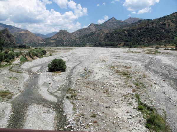 Trockenes Tal im Inneren Kalabriens