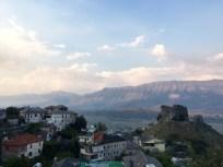 Gjirokastra Blick auf die Burg