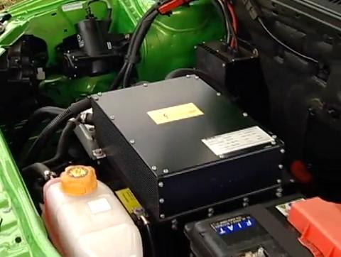 Motor compacto é importado da Suiça