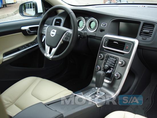 Fotos de Carros - Novo Volvo S60 2011