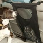 Barreira divisoria para cães no carro