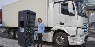 L'usine Mercedes-Benz de Wörth lancera la production en série de l'eActros en 2021