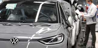 Le Groupe Volkswagen investit dans l'automatisation des usines d'Emden, Hanovre et Chattanooga