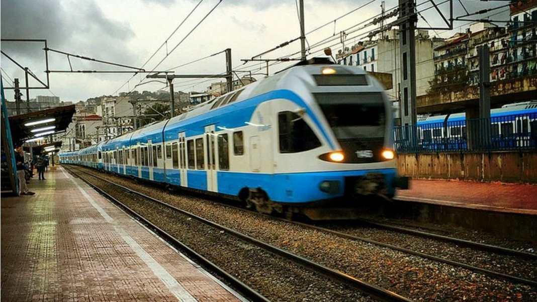 SNTF trains Alger
