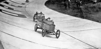 Il y a 100 ans - la première course automobile sur l'Opel Rennbahn