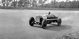 Il y a 100 ans - Opel remporte la course d'ouverture sur l'Avus