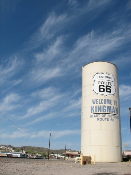 Andrés O'Neill photo Scion xB road trip 03 Kingman Arizona Route 66