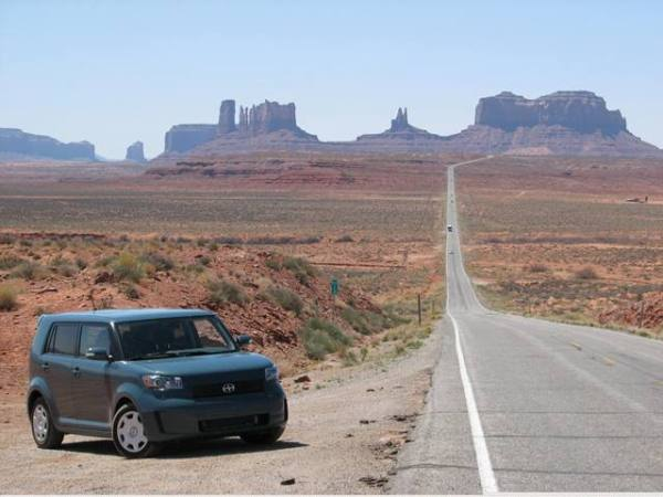 Andres O'Neill photo Scion xB Monument Valley Utah