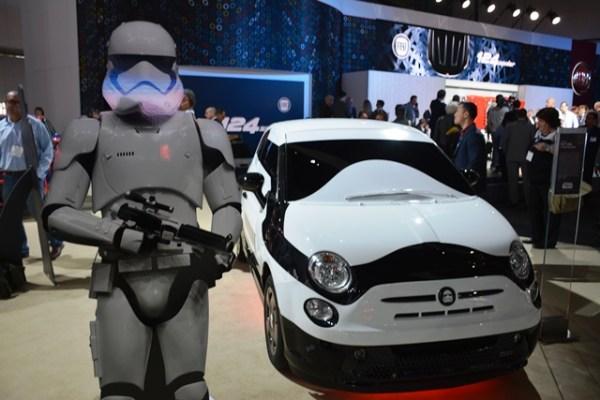 El Fiat 500e Stormtrooper Edition fue creado en conjunto entre Fiat y Garage Italia Customs. FOTOS: Fiat (cabina) y Andrés O'Neill, Jr. (todas las demás)