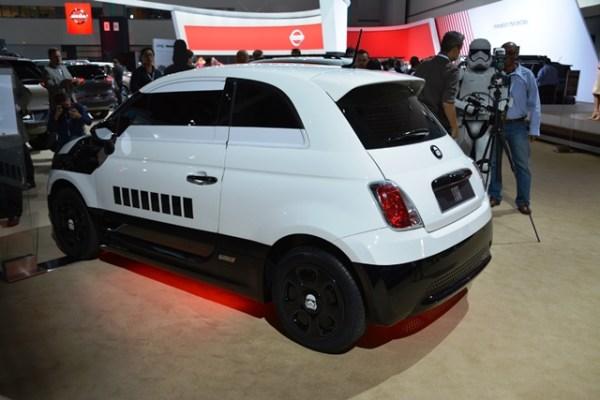 El Stormtrooper Edition fue creado solamente como un carro de exhibición, por lo que muy posiblemente vuelva a verlo dentro de unos días en el auto show de Detroit.