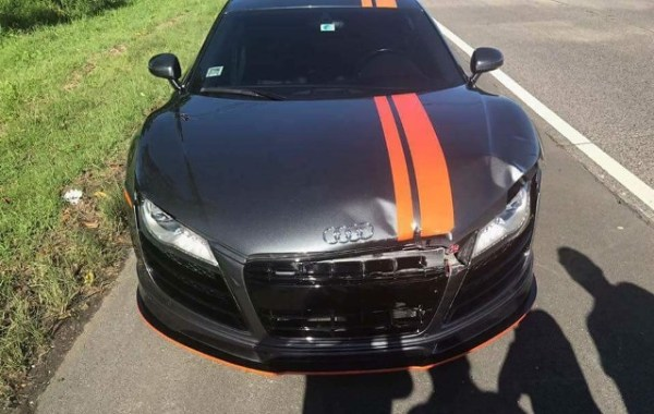 Los daños sufridos por el Audi R8. Foto: Carlos De Jesús