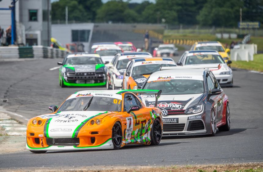 The fast starting Shane Rabbitt leads double winner Kalinecki in ITCC race one